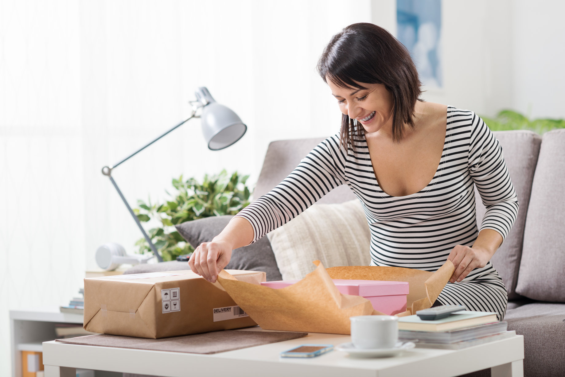 customer-unboxing-packaging